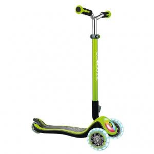 Scooter Globber Elite Prime verde con iluminación en ruedas y base